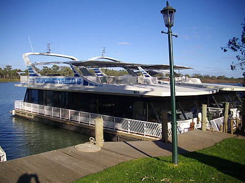 Houseboat trip 006